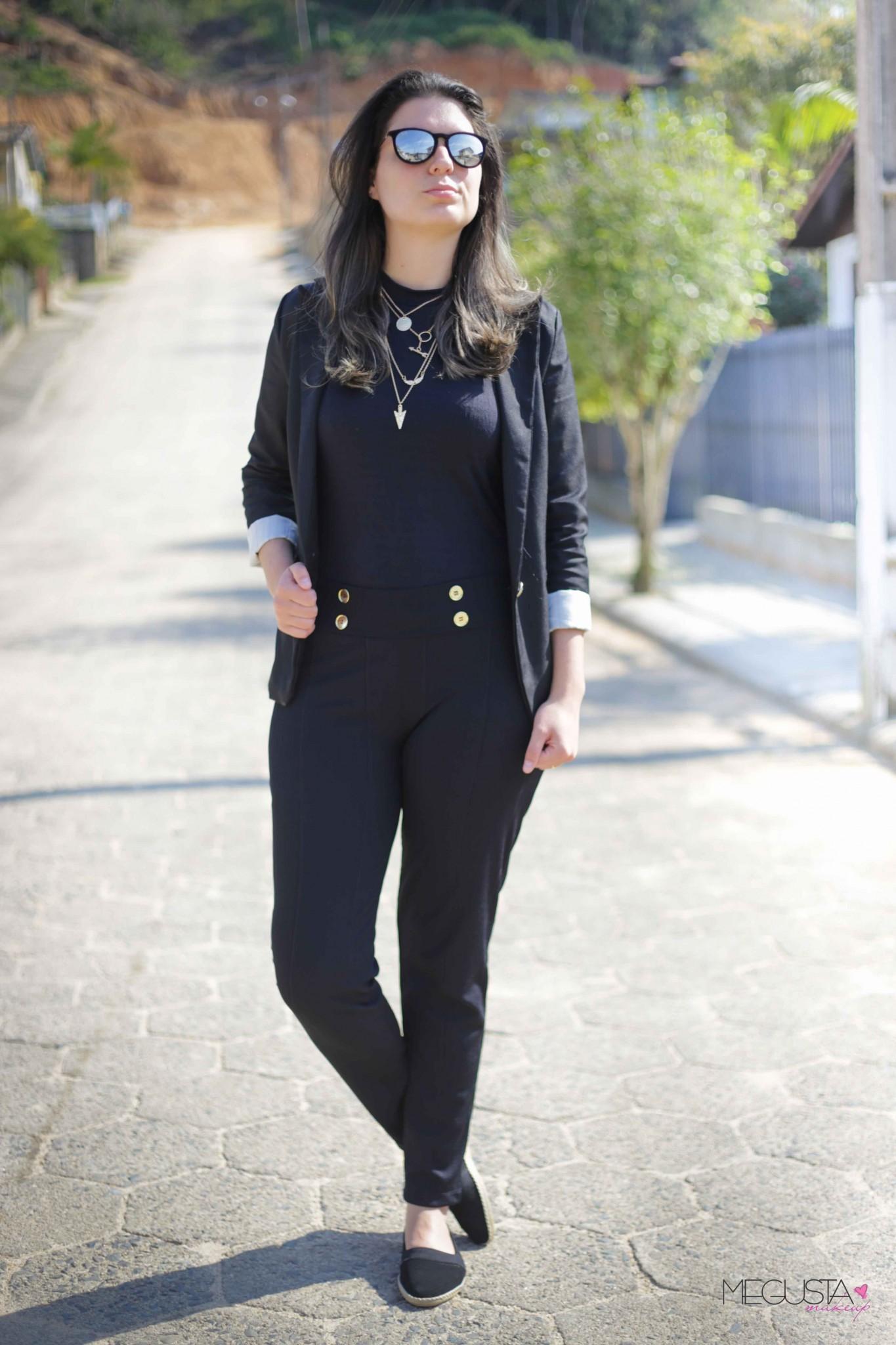 Look do dia all black 3 - Look da Vez: Blazer, Óculos Espelhado e Sapatilha - All Black